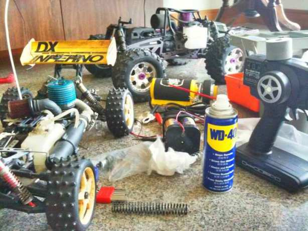 Old RC Meets New : Kyosho Inferno DX vs HPI Savage X 4.6