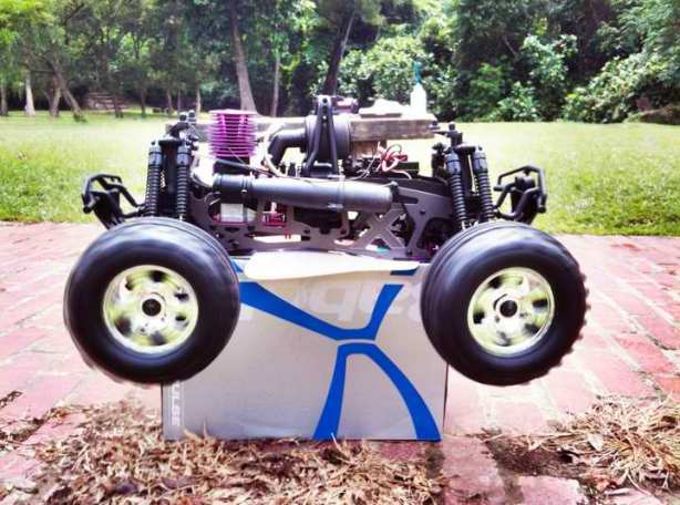 Julian Wong's HPI Savage X 4.6 RTR during Break-in.