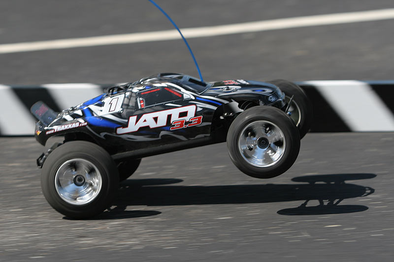 how to do wheelies with your rc car or truck 7 tips to make you a wheelie pro brushless nitro rc cars trucks hpi traxxas do wheelies with your rc car or truck