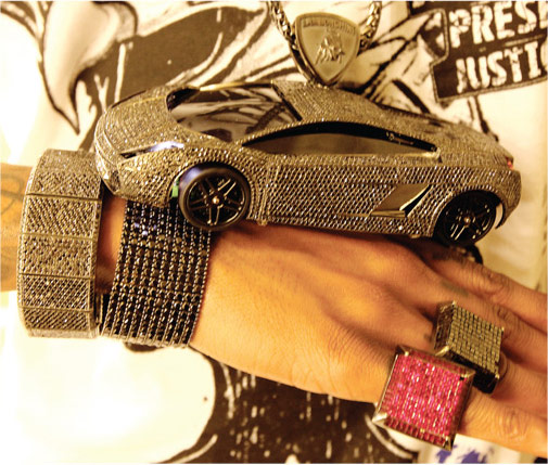 Soulja Boy Lamborghini Chain with $250,000 Black Diamonds