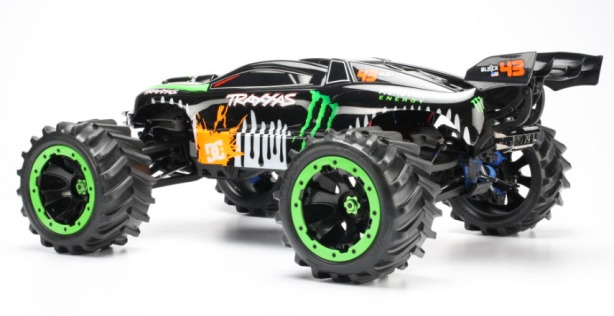 The Ken Block Revo sure looks quite the racing truck. Almost could have been a truggy or ST. Why doesn't the HPI Savage X ever look this cool?